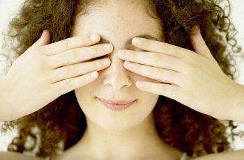 Причины опухшего глаза